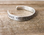 Cuff Bracelet - The Walking Dead - Fight the dead, Fear the living
