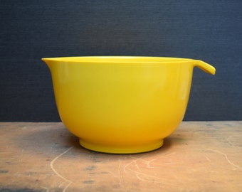 Copco Yellow Large Melamine Mixing Bowl, Made in the USA, No 674, 3 Quart Plastic Bowl, Vintage Retro Mod Kitchen Decor