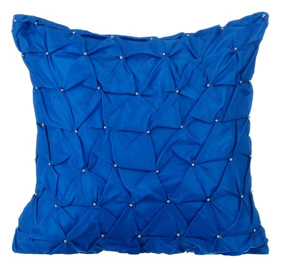 Royal blue throw pillows for bed 16x16 pillow covers taffeta for Royal blue couch pillows