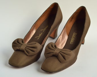 1960's John Jerro Chocolate Brown Shimmery Pumps Sz 6.5 7