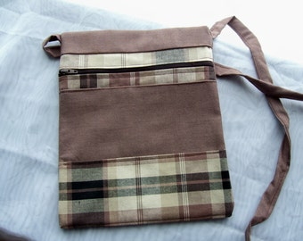 Crossbody Purse, Travel Bag, Free hands Pouch Purse, Zippered bag,  Brown