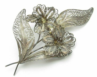 Sterling Filigree Flower Brooch Signed Toni Vintage Jewelry P7158
