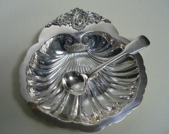 Baroque by Wallace Silver Shell Dish