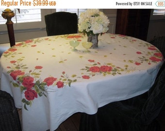 CLEARANCE SALE Vintage Tablecloth Beautiful Red Roses