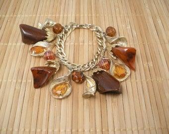 Brown Amber Big Charm Bracelet Vintage Topaz Gold Statement Glitzy Hollywood Vintage Plastic Charm Bracelet Glam Bracelet Retro Goldtone
