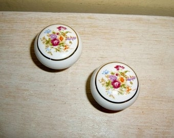 Porcelain Pulls Knobs Handles Victorian English Garden Flowers cottage chic hardware lot set pair 2 door drawer vintage