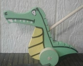 Wooden Alligator Push/Flapper Toy