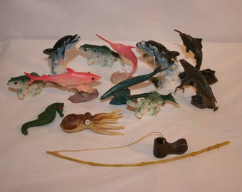 FREE SHIPPING RARE plastic fish collection Made in Hong Kong set ocean creatures of the sea vintage (Vault 2)