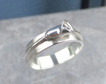 Calla Lily Sterling Silver Ring - Handmade Metalwork Jewelry - Wide Band Flower Ring