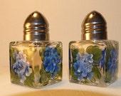 Mini blue Hydrangea, shakers, hand painted,