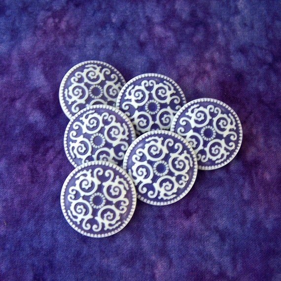 Ironwork Scroll Buttons 25mm - 1 inch Ornate White Spiral Scrolls on Purple Buttons - 6 VTG NOS Two Tone Purple White Shank Buttons PL047