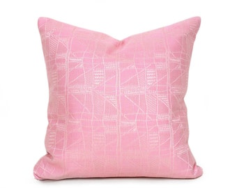 Pink Cottage Pillow Covers, Solid Pink Throw Pillows, Pink Decorative Pillow, Luxury Pink Damask Cushions, Shabby Chic Decor, 18x18, NEW