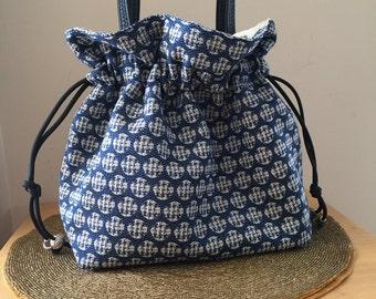Drawstring purse