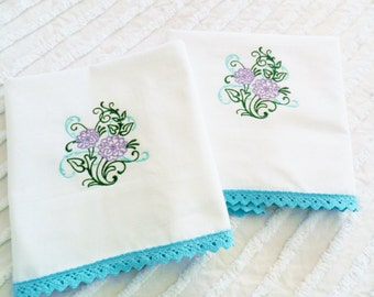 Machine Embroidered Pillowcases, Vintage Pillowcases, Never Used Pillowcases, NOS Pillowcases,