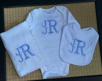 Custom baby gift set.  Baby Boy.  Baby Girl. Custom made 3 piece set.  Great baby shower gift.