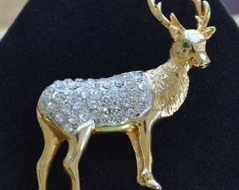 On Sale Beautiful Vintage Rhinestone Buck, Reindeer Brooch (T9)