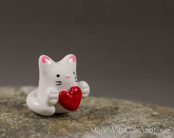 Little Kitty Holding Heart - Hand Sculpted Miniature Polymer Clay Animal