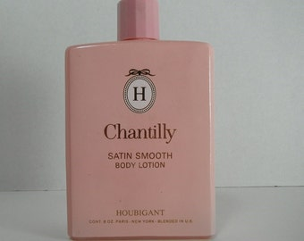 Vintage Chantilly Houbigant Satin Smooth Body Lotion 8 oz Pink Glass Bottle 1960s Vanity Display Decor Paris New York