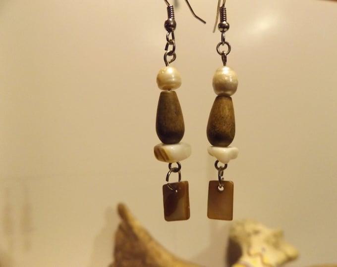 Lip Shell and bead Earrings, Wood Bead, Healing Jewelry, Shell Jewelry, Beach Jewelry, Mermaid Jewelry