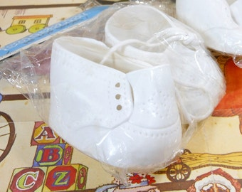 1984 | Vintage Doll Shoes |  Doll Baby Hi Top White Shoes | For Cabbage Patch Kids | New In Package | Vinyl Doll Shoes | Cloth Shoe Laces