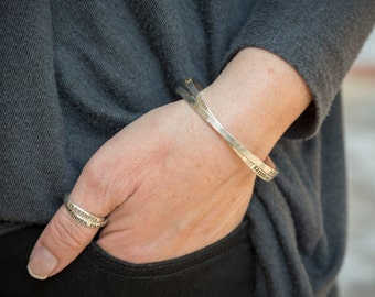 Thumb Ring Stamped with Names or Words. Choose an Intertwining Thumb Ring in single, double or triple silver bands by Nelle and Lizzy