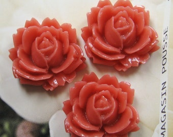 10 pcs - 27mm White Rose Cabochon (CA827-C2)