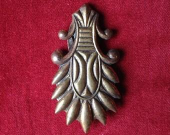 Antique floral design dress clip