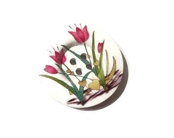 Red tulip flowers wooden sewing button 1.5 inch
