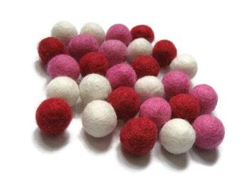 Felt balls 2cm or 1cm - Valentine Color Mix - 25 Pure Wool Beads  (W260C)