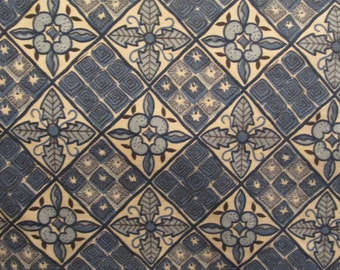 "Vintage Waverly Bonded Fabric Farmington Pattern 33"" wide x 1 1/4 inches long"