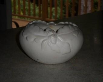 Van Briggle Pottery matte white acorn & oak leaf Bowl Colorado Springs CO vase