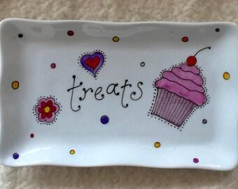 Porcelain treat tray