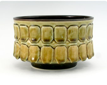 Hand-Carved Porcelain Bowl   Ceramics Pottery