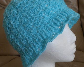 Cloche Hat and Fingerless Gloves