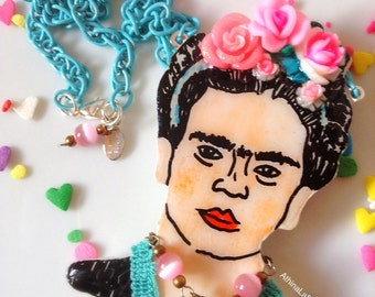 Frida Kahlo Necklace, Viva La Frida, Flower Crown, Flowers, Mexican Art Necklace, Pop Art Accessories, Mexican Artist, Pop Art Jewelry