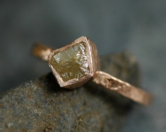 Conflict Free Cube Diamond on Hammered 14k Recycled Rose Gold Ring- Colored Natural  Rough Uncut Stone