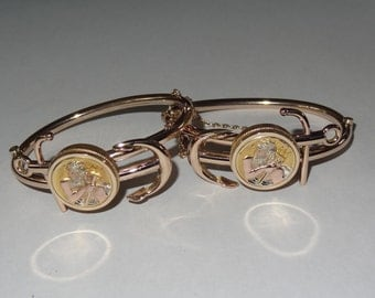 Antique Pair of Solid 14k Yellow Gold Poseidon Neptune Matched Wedding Bangle Bracelets