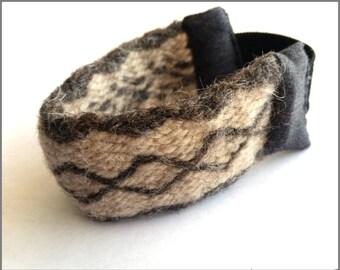 Wool Tablet Weaving Bracelet with Elastic