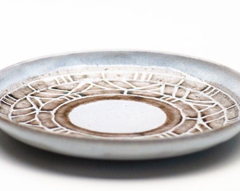 Cloudy White Small Ceramic Plate / Fruit Plate / Sgraffito Plate / Serving Dish
