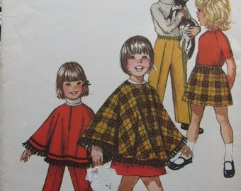 Simplicity 9531/Uncut Vintage Sewing Pattern/Girls Jiffy Skirt, Pants & Poncho/Size 2/1971