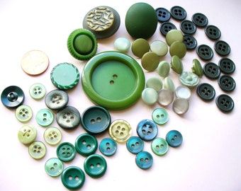 Vintage Button Lot Destash Green Lucite Plastic Bakelite