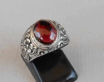 Balinese Silver sterling Garnet cabochon Ring /  request your size !  / silver 925 /(#153r)