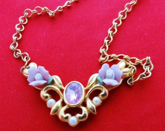 """Vintage gold tone 18.5"""" necklace with pink rhinestones, pearls and porcelain roses in great condition"""