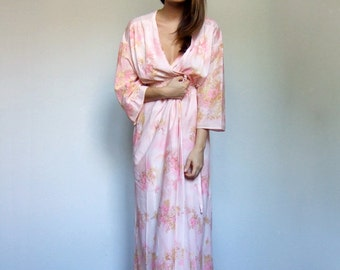 Floral Print Robe Dressing Gown Lingerie Set 70s  Maxi Pastel Pink Nightgown 2 Piece Set Long Night Gown - Medium to Large M L