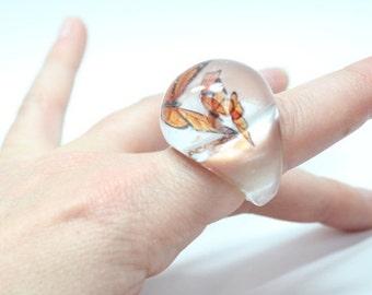SALE Floating Butterfly Resin Ring (size 8)