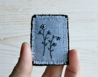 Petite Flowers Textile Art Brooch - Mother's Day Gift - Hand Embroidered Brooch