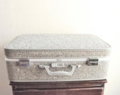 Vintage Tweed Amelia Earhart Grey Suitcase Rolling Luggage 1970s Mad Men style