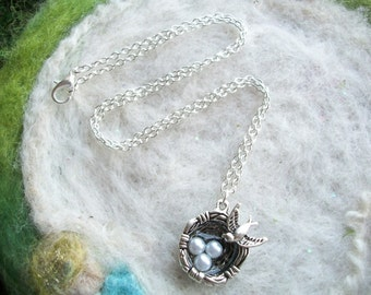 Bird Nest Necklace with Pearl Eggs and Little Sparrow Silver Bird Nest Necklace Bird Egg Sparrow Necklace Bird Nest Bridal Shower Jewelry