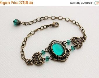 Emerald Teal Green Bracelet in Antique Brass