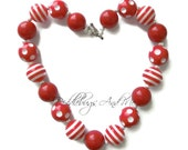 Red and White Bubblegum Necklace,  Red Valentine Chunky Necklace, Girls Valentine Jewelry, Beaded Necklace For Girls, Photo Prop Necklace